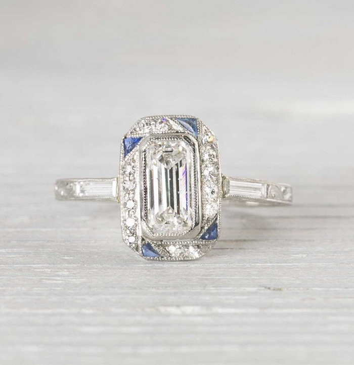 SAPPHIRE & DIAMOND ART DECO ENGAGEMENT RING