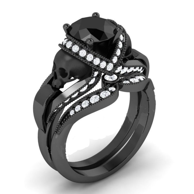 Black Skull Ring with White Diamond