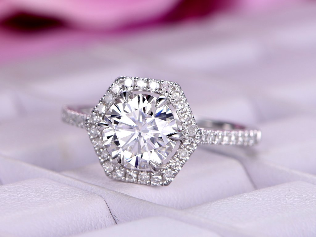 Simple 1 40ct Off White Round Cut Moissanite Halo Engagement Ring 925 Silver Diamond Loops