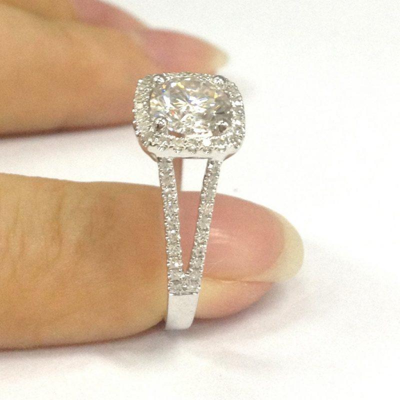 Cushion Shape Off White Brilliant Cut Moissanite Shank Engagement Wedding Ring 925 Silver