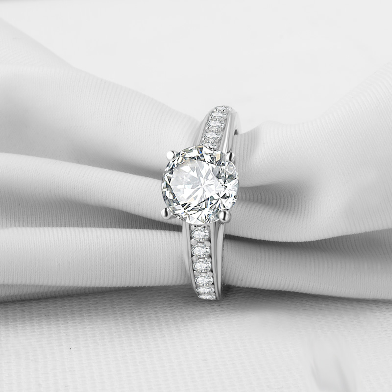 1.55Ct Near White Moissanite Solitaire Unique Engagement Bridal Ring 925 Sterling Silver