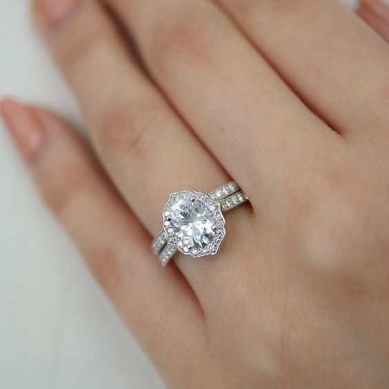 Vintage Style Oval Cut Diamond Engagement Wedding Ring Set 925 Sterling Silver Diamond Loops