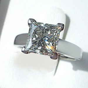 2.50Ct Princess Cut White Diamond Classic Wedding Ring 14k White Gold