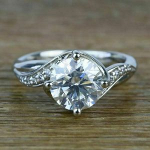 Goergoes 1.89CT Near White Round Moissanite Wedding Engagement Ring In 14K White Gold Plated